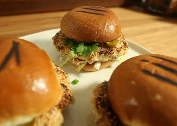 Peri Peri Chicken Burgers recipe - The Cooks Pantry