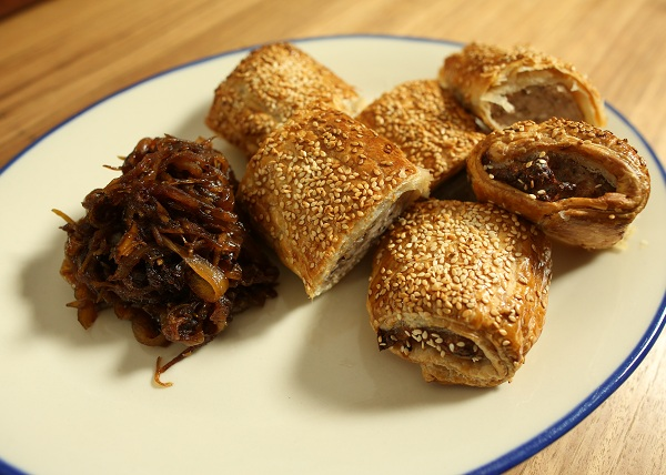 Pork Apple Fennel Sausage Roll recipe - The Cooks Pantry