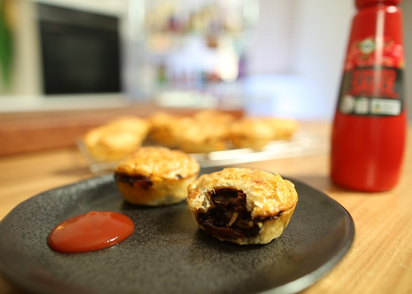 Aussie Beef _ Bacon Party Pies recipe - The Cooks Pantry