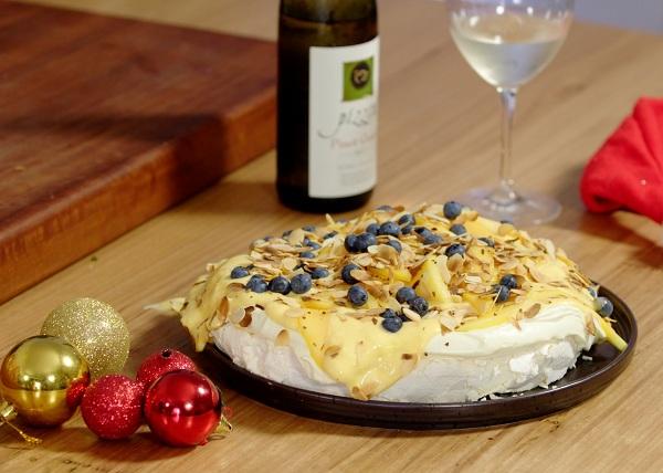 Christmas Pav recipe - The Cooks Pantry