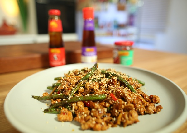 Stirfry beans with spicy pork mince recipe - The Cooks Pantry