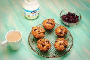 2178 Blackberry Yoghurt Muffins recipe - The Cooks Pantry