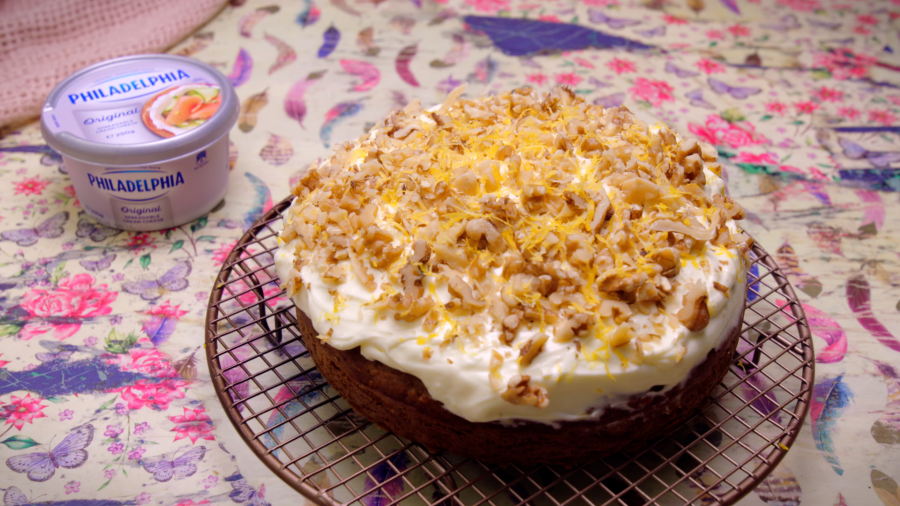 2225 Carrot Cake recipe - the cooks pantry