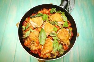 2020 Chicken and Chorizo pan bake recipe - The Cooks Pantry
