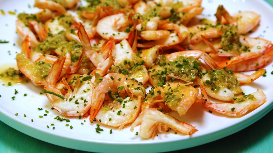 Baked Prawns with Garlic Dressing